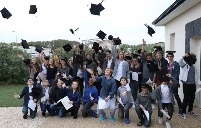 Lycée Saint Charles remise des diplômes